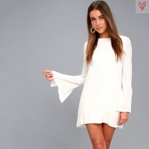 Lulu's BE THE ONE WHITE LONG SLEEVE BACKLESS SHIFT
